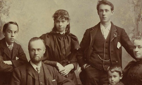 Discovering family history at Kelvin Hall