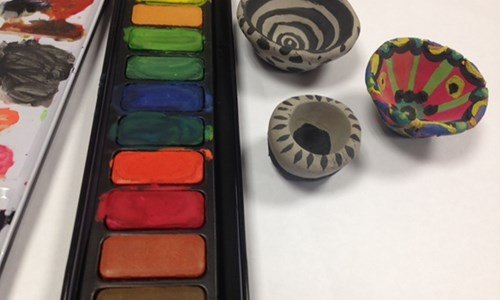 Tiny Pinch pots and paint