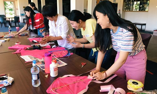 Kite-making with Ricefield Arts