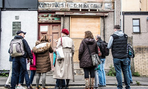 Ghost Signs of Glasgow local Tour with 'Coming into View: street photography in Glasgow' preview