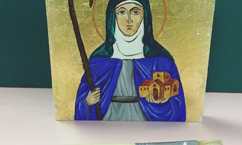 Learn how to paint a traditional Icon.