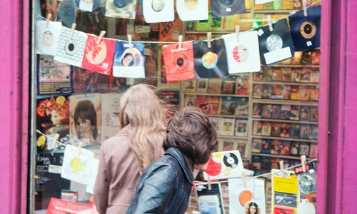 Spinning Around – Glasgow's Remarkable Record Shops