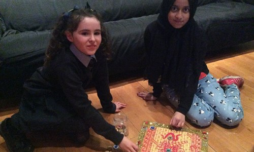 Share some South Asian games: Make a Saamp Seerhi board game with Fizza Kaneez and Lababa Naqvi