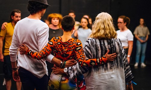 DIG: Scottish Dance Theatre (SCT) & 7Oito (BRA) | Looping: Scotland Overdub